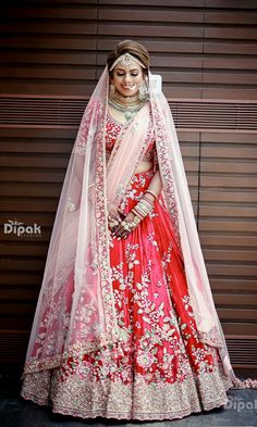 Ideas for indian bridal lehenga red ideas Wedding Lehnga, Designer Bridal Lehenga, Indian Bridal Lehenga, Bridal Lehenga Choli, Pakistani Bridal Dresses, Indian Dresses, Wedding Dresses, Lehnga Dress, Wedding Hijab