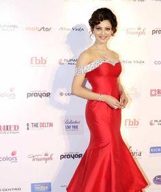 Urvashi Rautela at the Femina Miss India 2016 finale. #Bollywood #Fashion #Style #Beauty #Hot #Sexy