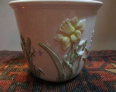 Vtg. Vase With Daffodils  And Lilly Of The Valley Made In Italy