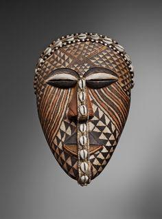 Democratic Republic of the CongoKUBA MASK AND CAP, Auktion 1073 Afrikanische und Ozeanische Kunst, Lot 70