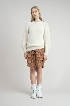 100% alpaca wool sweater Moment in natural white. Warm and comfy!