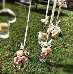 Hanging flowers. La Rosa Canina FIRENZE www.larosacaninafioristi.it