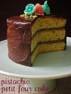 pistachio & marzipan  petit four cake -recipe on link