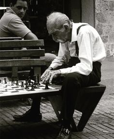 Chess Player, Dominican Republic, 2007 by Stéphane Heidi Film Photography, Street Photography, History Of Chess, Human Poses Reference, Art Through The Ages, Chess Players, Human Connection, Chess Pieces, Slice Of Life