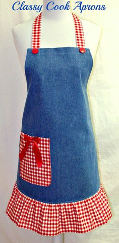 Delantal del dril de algodón azul con rojo y por ClassyCookAprons