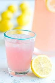 This Three Ingredient Pink Party Punch comes together in less than five minutes and is CRAZY delicious! It is the best party punch recipe that will become your ultimate summer party cocktail! Refreshing Drinks, Summer Drinks, Pink Lemonade Punch, Lemonade Drink, Pink Party Punches, New Year's Eve Cocktails, Party Punch Recipes, Pink Parties, Party Drinks