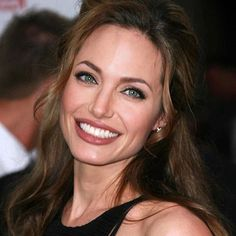 Angelina Jolie beauty images - Page 12 of 26 - Celebrity Style and Fashion Trends Angelina Jolie Images, Angelina Jolie Makeup, Brad And Angelina, Celebrity Makeup, Celebrity Style, Celebrity News, Jolie Pitt, Beauty Queens, Woman Crush