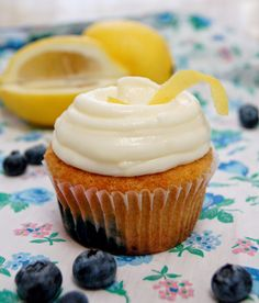 Magnolia Bakery's blueberry lemon cupcake - July's cupcake of the month!