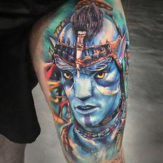 Perfect realistic color tattoo of Avatar movie done by tattoo artist Khail Aitken Sick Tattoo, Badass Tattoos, Body Tattoos, Life Tattoos, Color Tattoos, Awesome Tattoos, Movie Tattoos, Disney Tattoos, Avatar Film