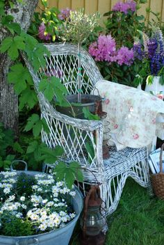 Country garden -- Afternoon Tea in a spot as close to heaven as I want to be...give me this Earth FOREVER....please.... Ps. 37:10,11,29,34