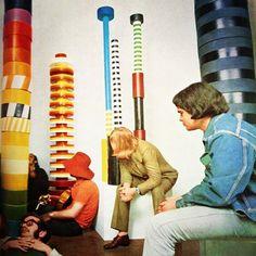 The most enduring examples of the work of influential Italian architect and designer Ettore Sottsass Art Design, Icon Design, Memphis Furniture, Column Design, Memphis Design, Design Museum, Abstract Sculpture, Art Plastique, Architecture