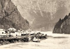 Steamer at Yale on the Fraser River 1868