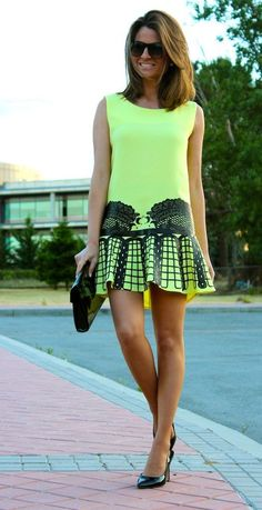 A Special Dress ( Sunglasses & Graphic Dresses )... - Total Street Style Looks And Fashion Outfit Ideas