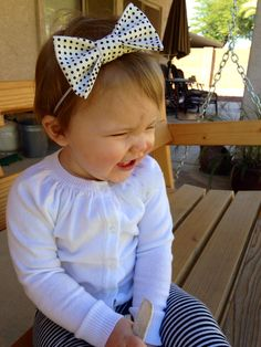 Black and white polka dot bow headband. Available at www.etsy.com/shop/thelittlebowco