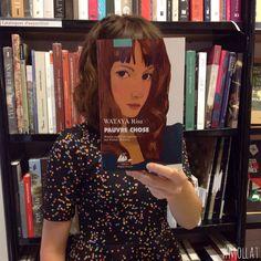 O que acontece quando funcionários de uma livraria ficam entediados