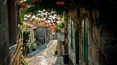 We Love This Beautiful Little Pic of Provence Village in France