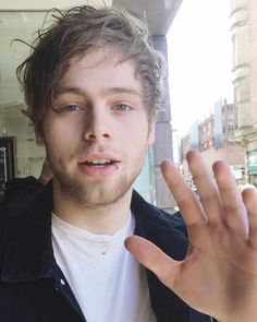 """::Penguin:: """"Hey, I'm Luke. I'm 19 and single. I have a thick accent I know. Don't judge on me. I am not the happiest person to be around at first. But it wears off. Wanna know my back story? Ask my best friend ashton(SOMEONE PLEASE BE HIM!) I hide form everyone that I vut, starve myself, and that jazz. See you around I guess"""""""