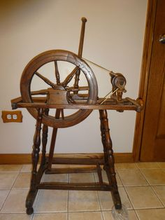 Antique Primitive RARE Tyrolean Spinning Wheel Vintage very hard to find #Tyrolean
