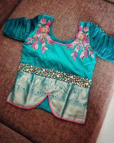 Kids Blouse Designs, Blouse Designs Silk, Designer Blouse Patterns, Baby Frocks Designs, Kids Frocks Design, Kids Dress Wear, Kids Wear, Kids Dress Patterns, Stylish Blouse Design