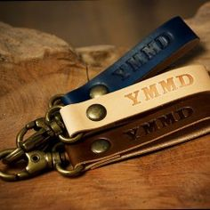 leather-keychain-belt-loop-bag-charm-or-zipper-pull-with-abbreviation-woot.jpg (250×250)