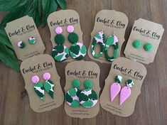 A gorgeous set of green gemstone polymer clay studs <3 All patterns on the clay have been hand designed and made by me, alot of time and love goes into each piece and they are just beautiful OOAK pieces for you to wear!! Made from hypo allergenic surgical steel and polymer clay.