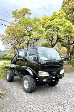 Truck Flatbeds, Suv Trucks, Mini Trucks, Flatbed Truck Beds, Toyota Dyna, Adventure Car, Microcar, Commercial Vehicle, Car Wheels