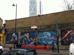 O2 'man dangles from a wall' flexi-working in Great Eastern Street #prstunts