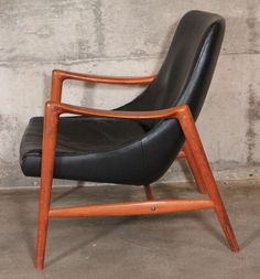 Ib Kofod-Larsen Elizabeth Lounge Chair and Ottoman | From a unique collection of antique and modern lounge chairs at https://www.1stdibs.com/furniture/seating/lounge-chairs/