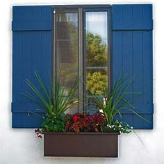 White traditional pvc window box with craftsman style for Craftsman style window boxes