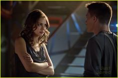 """#Arrow 2x01 """"City of Heroes"""" - Thea and Roy"""