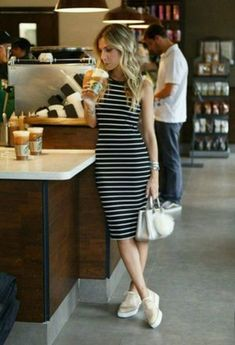 The Best Striped Dress Outfit Ideas For Summer 27