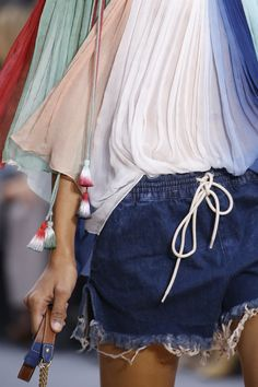 Chloé Spring 2016 Ready-to-Wear Accessories Photos - Vogue