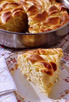 Topi se u ustima: Lisnata pogača sa sirom - 4 Pita Recipes, Pureed Food Recipes, Greek Recipes, Cake Recipes, Greek Pastries, Bread Dough Recipe, Macedonian Food, Greek Dishes, Food Tags