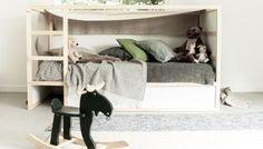 Kinderzimmer // Holz, Natur und Platz für Fantasie