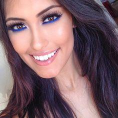 makeup or brown eyes