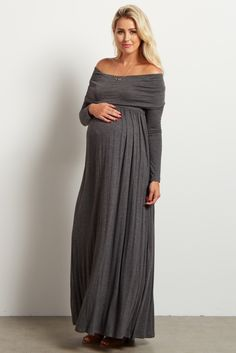 ​Stock up on warm essentials as we move toward fall and winter. This cowl neck long sleeve maternity maxi dress will give the comfortable, stylish look you want day or night while saving you from the cool, crisp air thanks to its long sleeves.