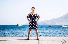 PioCCa se prepara para la Feria!  si estás interesada en alguna de estas prendas accede a la web o contacta con nosotros por cualquier red social  WWW.PIOCCA.COM #piocca #feria #lunares #almeria #blanco #negro #marca #vistepioccaenlaferia #pioccasevadeferia #flamencas Social, Shoulder Dress, Fan, Instagram, Dresses, Fashion, Gifs, Black White, Polka Dots