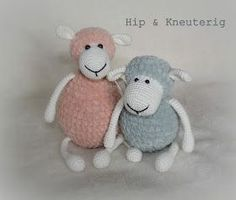Hip & Kneuterig: Amigurumi Zacht SCHAAPJE gratis haakpatroon Crochet Sheep, Crochet Animals, Baby Blanket Crochet, Diy Crochet, Crochet Dolls, Amigurumi Patterns, Crochet Patterns, Crochet Diagram, Pet Toys