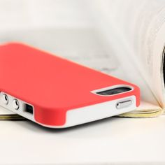 £17.99 Add a touch of vibrant colour to your iPhone SE, whilst keeping it well protected with the Sneaker Case from Prodigee in coral and white. Slim, light and incredibly attractive with two layers of protection, this case really does have it all and is screen.