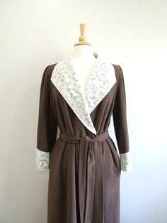 1960s Lace Bathrobe Vintage 60s Plus Size Robe - L - 2XL. $40.00, via Etsy. White Lace, Off White, Virginia Wolf, Plus Size Robes, Tall Women, Brown Belt, Dress Form, Copycat, Vanity Fair