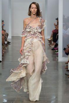 Zimmerman primavera / verano 2017 colección Ready-To-Wear   Vogue británica