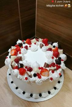 Mousse Cake, Fondant, Food And Drink, Birthday Cake, Cookies, Recipes, Cake Recipes, Icebox Pie, Pastries