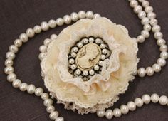 Check out our brooches selection for the very best in unique or custom, handmade pieces from our shops. Off White, Jewerly, Pearl Necklace, Trending Outfits, Pearls, Unique Jewelry, Handmade Gifts, Etsy, Vintage