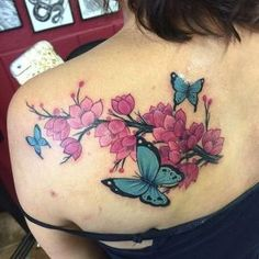 name tattoos on back shoulder Butterfly Tattoo Cover Up, Flower Tattoo On Side, Butterfly Tattoo Designs, Cute Tattoos, Beautiful Tattoos, Small Tattoos, Tattoos For Guys, Tatoos, Name Tattoos On Back