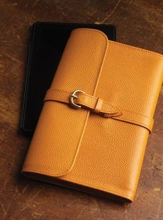 f98ea590808 Kindle Case in Orange Pebbled Leather and Green Suede Interior
