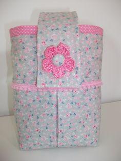 Tildas-Bolsinha porta fraldas /diaper pouch,com dois bolsos para os cremes,elaborado com tecido Tilda - 12€ Handmade diaper pouch www.facebook.com/little.things.vc