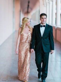 This engagement shoot has us seeing stars & sparkles ✨ Rent Dolores's Donna Morgan Courtney gown with Vow!