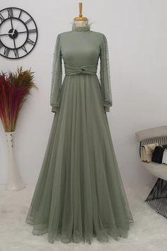 Hijab Turban Style, Fairytale Dress, Islamic Fashion, Vintage Bridal, Kebaya, The Dress, Cart, Fashion Dresses, Ootd