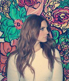 Lana Del Rey love her album as well!
