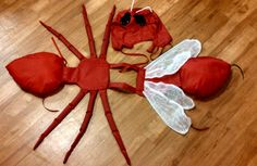 Red Ant Costume for little kids. Halloween by SilverGirlArtistry Halloween Dress, Holidays Halloween, Halloween Costumes, Ant Costume, Diy Costumes, Costumes For Little Kids, Black Ants, School Costume, Fantasias Halloween